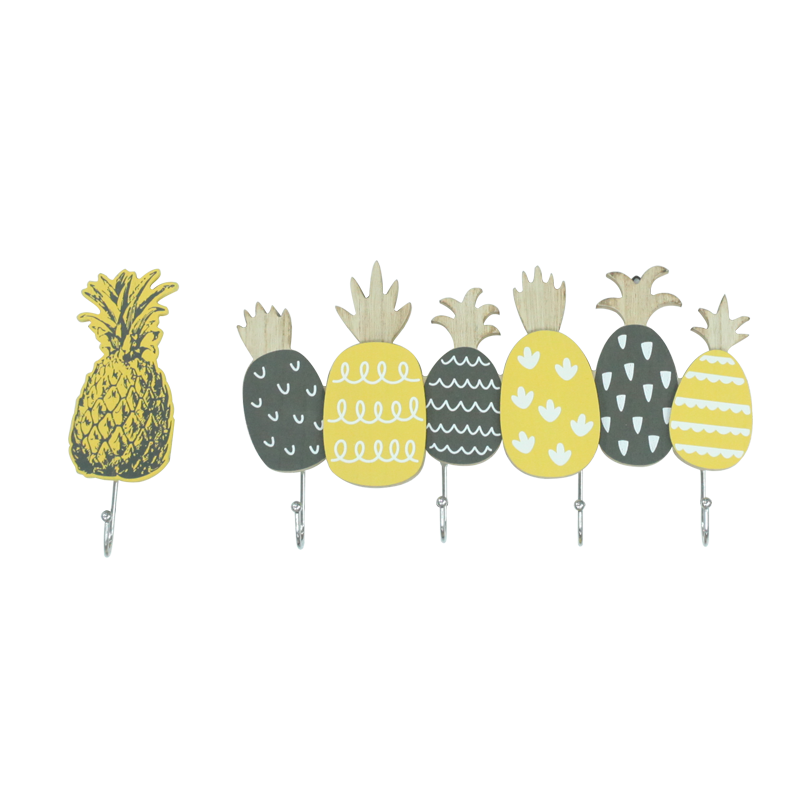 Summer Wooden Pineapple Hanger Home Decoration